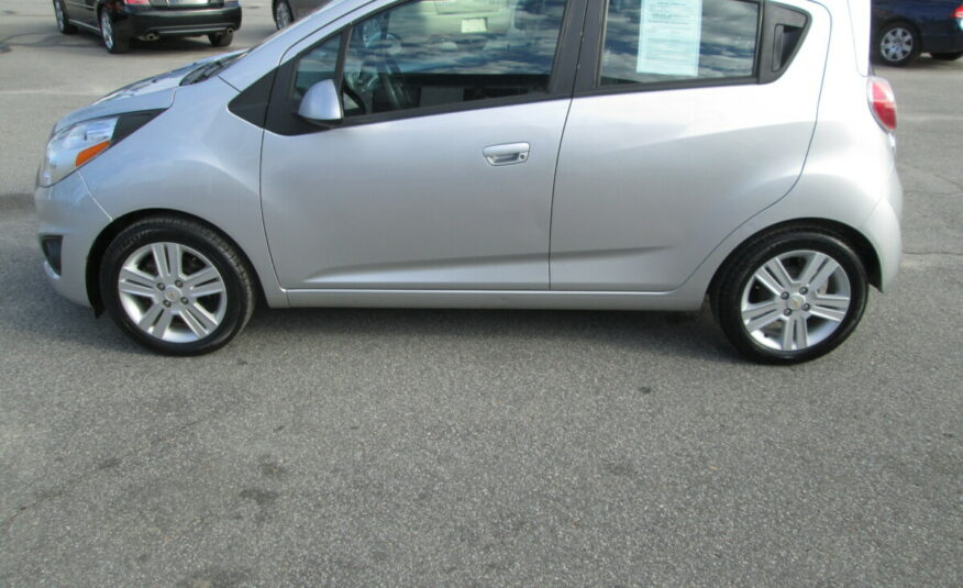 2014 CHEVROLET SPARK LOW MILES!! MUST SEE