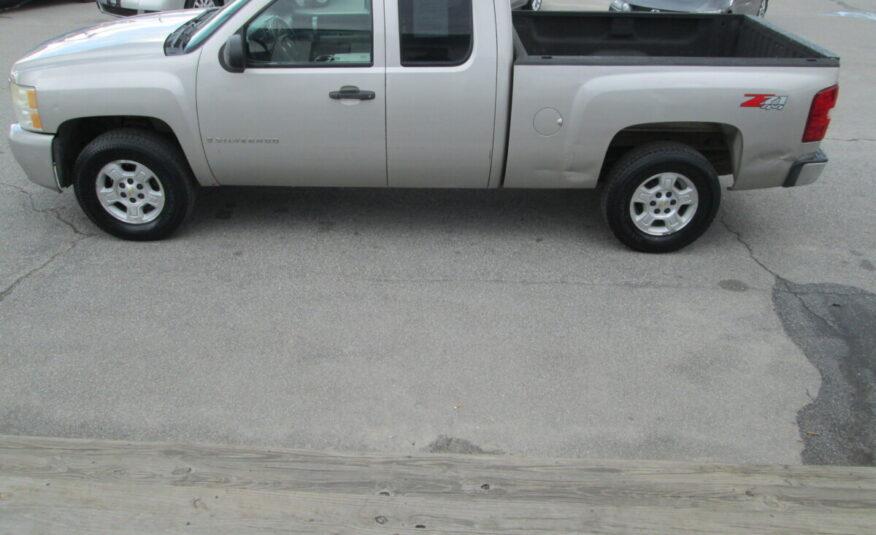 2007 SILVERADO 1500 Z71 4X4