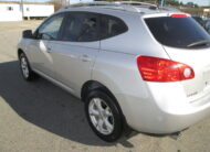 2009 NISSAN ROGUE S AWD. ONE OF THE MOST POPULAR SUV'S ON THE MARKET! GOODLOOKING, GOOD GAS MILEAGE.