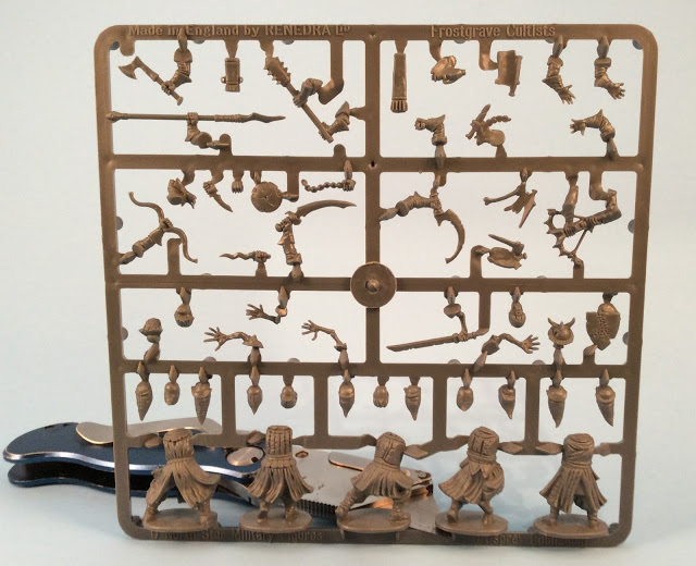 Frostgrave Cultists Sprue - Plastic Miniatures Review