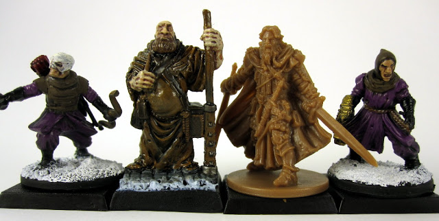 Scale Comparison of Miniatures from Zombicide to those in other games.