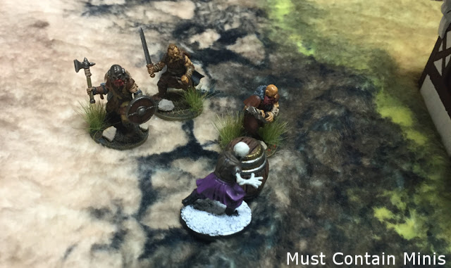 Frostgrave Skeletong comes across some Barbarians.