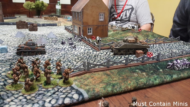 Tank Battle between an R35 and a Sherman