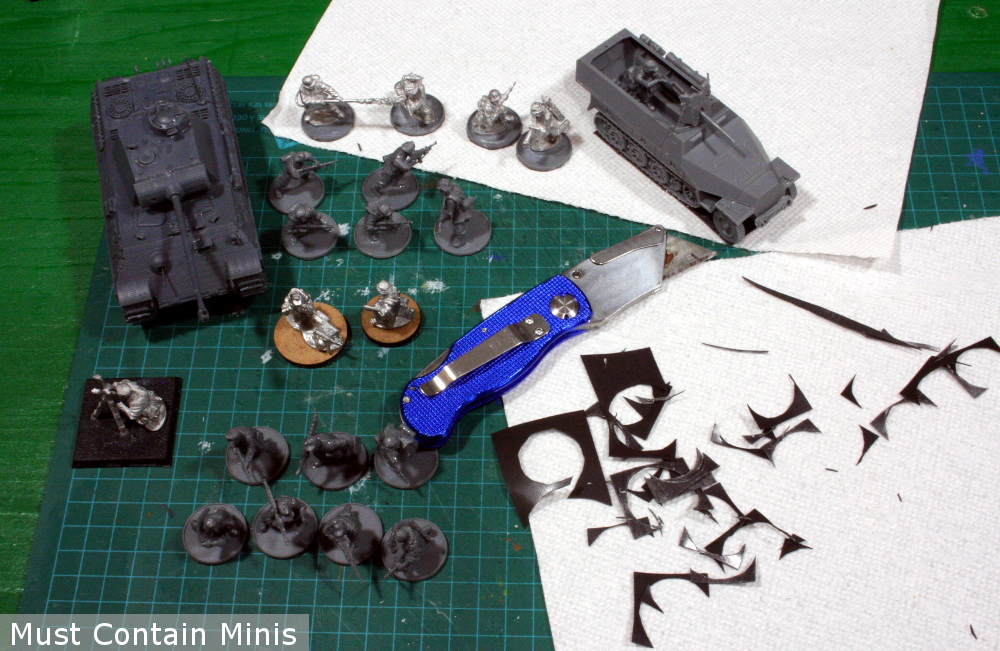 Trim the magnets for your minatures
