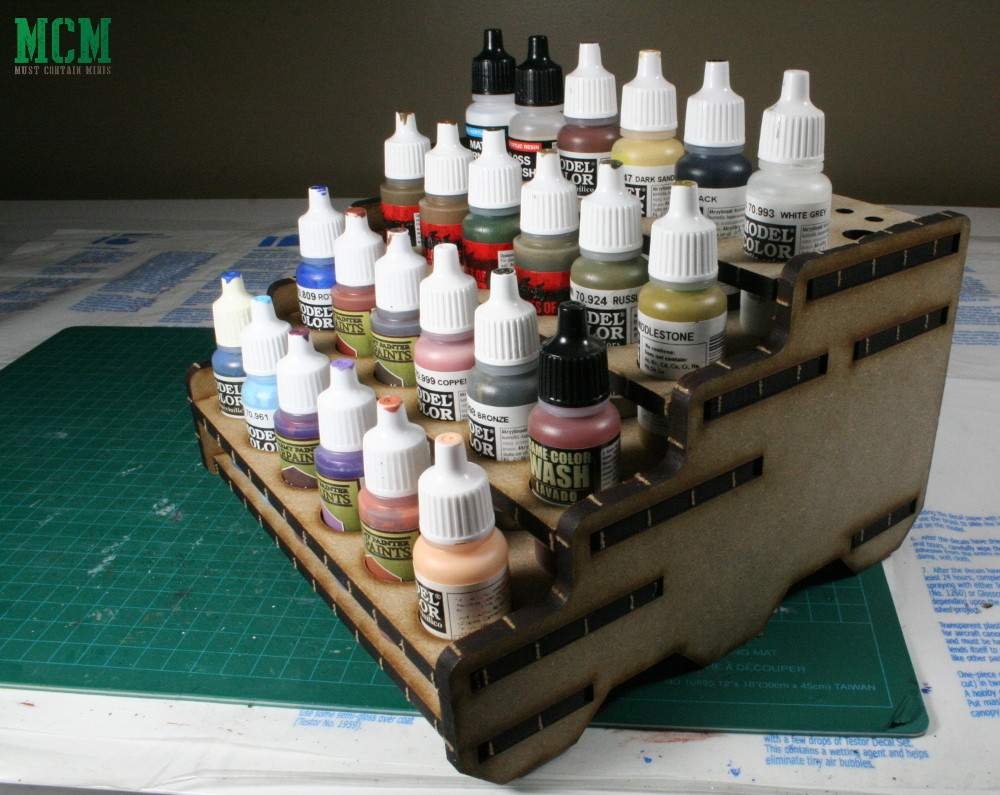 Review of a Canadian made Paint Rack by Six Squared Studios for painting miniatures