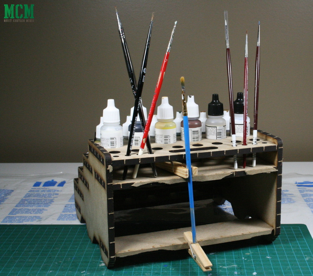Brush holder for miniature painting review criticism