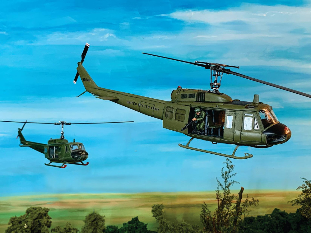 28mm Helicopter Miniature