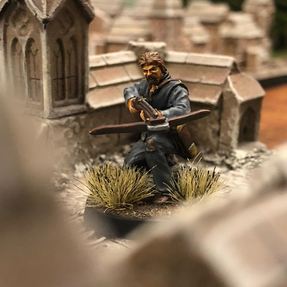 Heavy Crossbow 32mm fantasy miniature