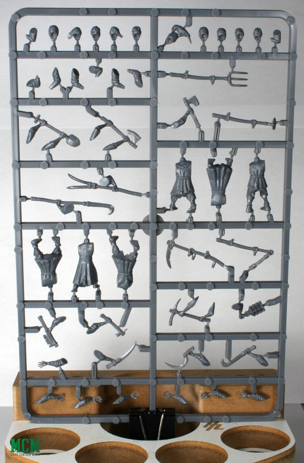 28mm Fantasy Peasant Zombies (townsfolk) - Sprue by Fireforge Games