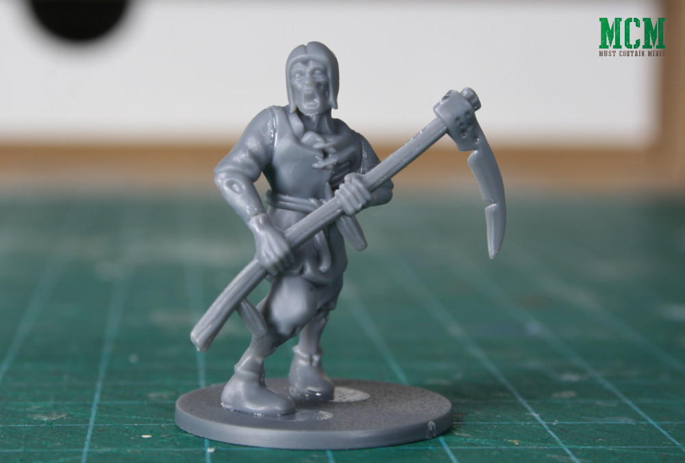 28mm Zombie with a Scythe