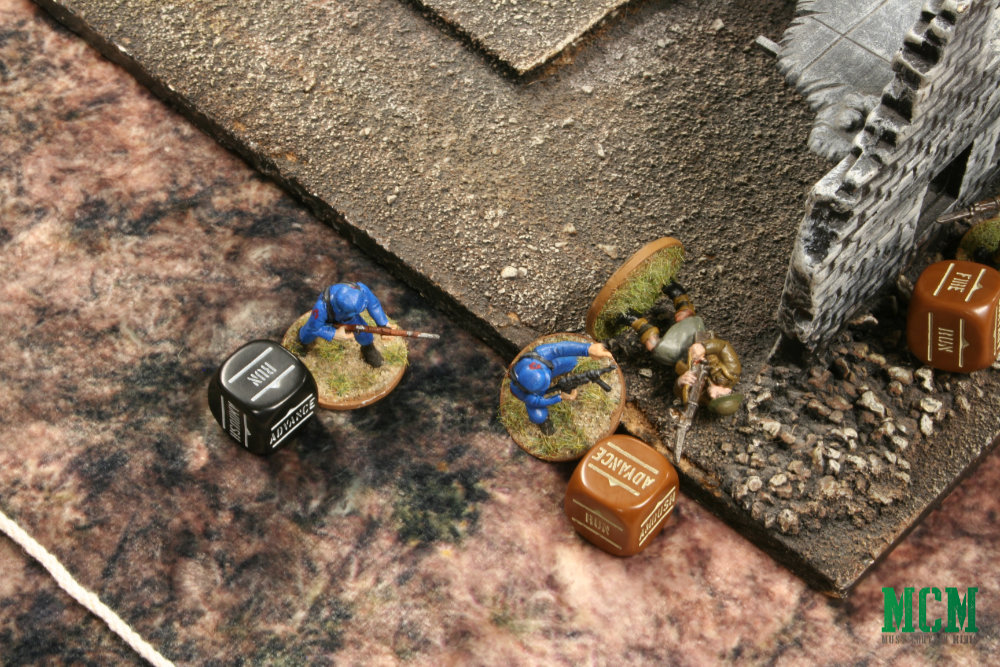 Cobra charges British trooper - Bolt Action