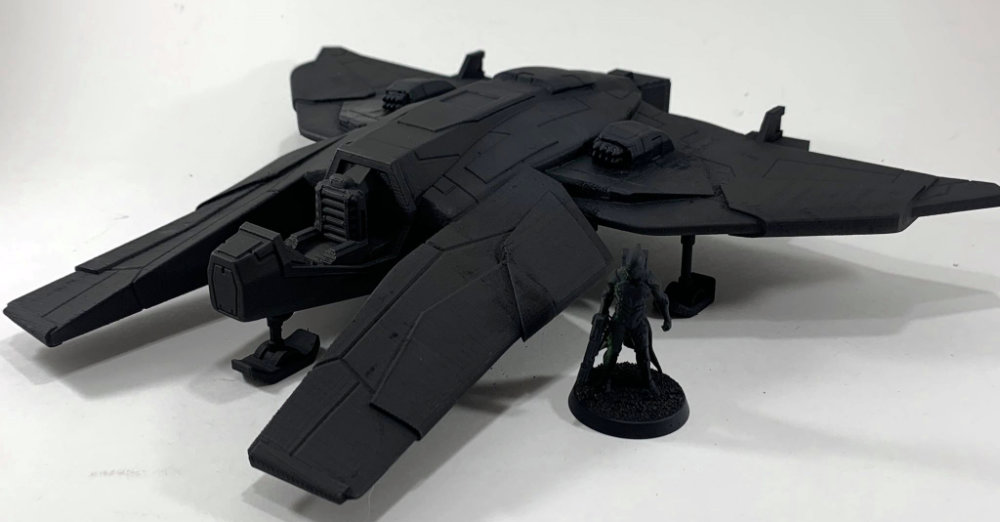 A fast space ship with missile launchers. This would be nice for an independents ship in Star Wars Legion. 3D Printed Miniatures Terrain.