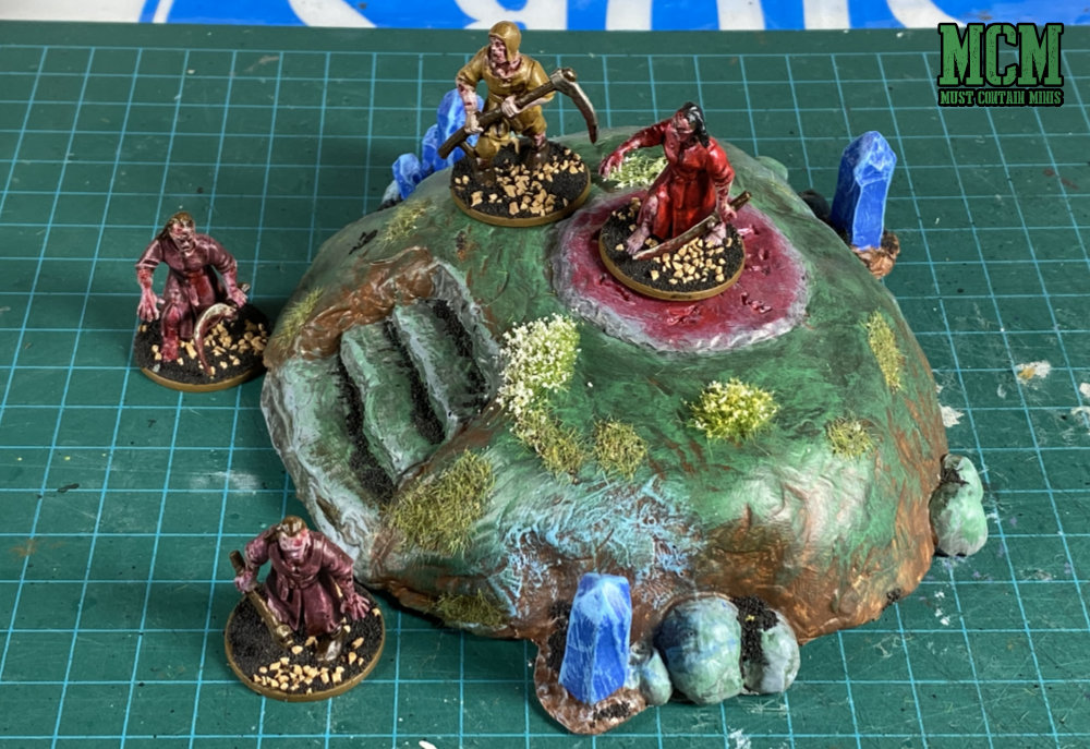Summoning mound with 28mm zombies