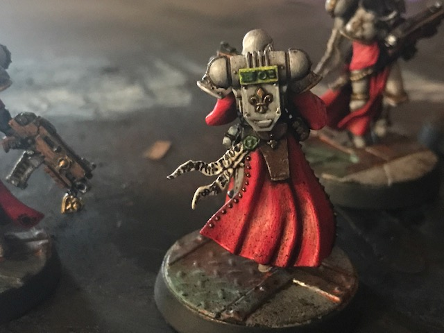 Checking out the detail on a Battle Sister - Sisters of Battle