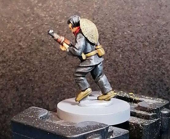 A 28mm hand sculpted miniature