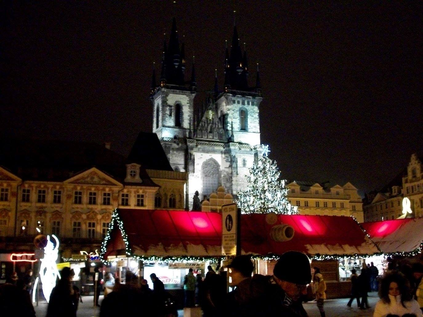 European Christmas Markets and White Castle Photo