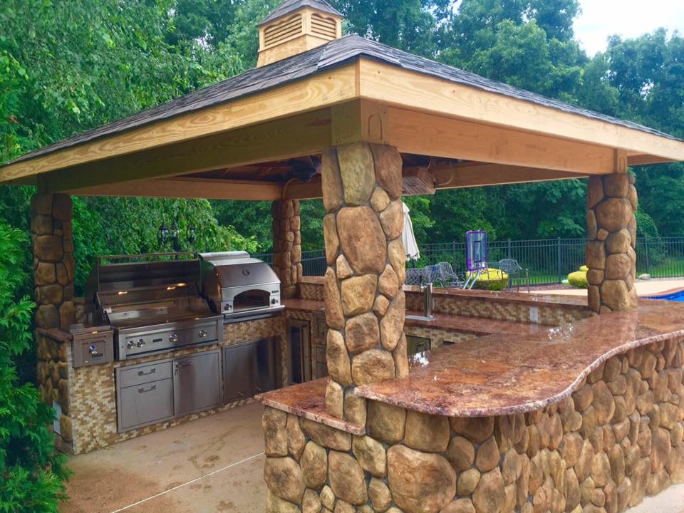 Wood Pavilion - Outdoor Kitchen