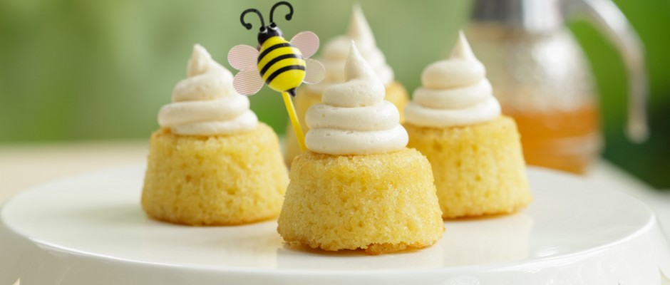 Beehive Cakes
