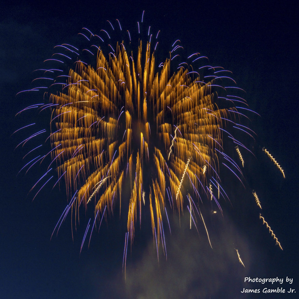 Fourth-of-July-Fireworks-2016-0333