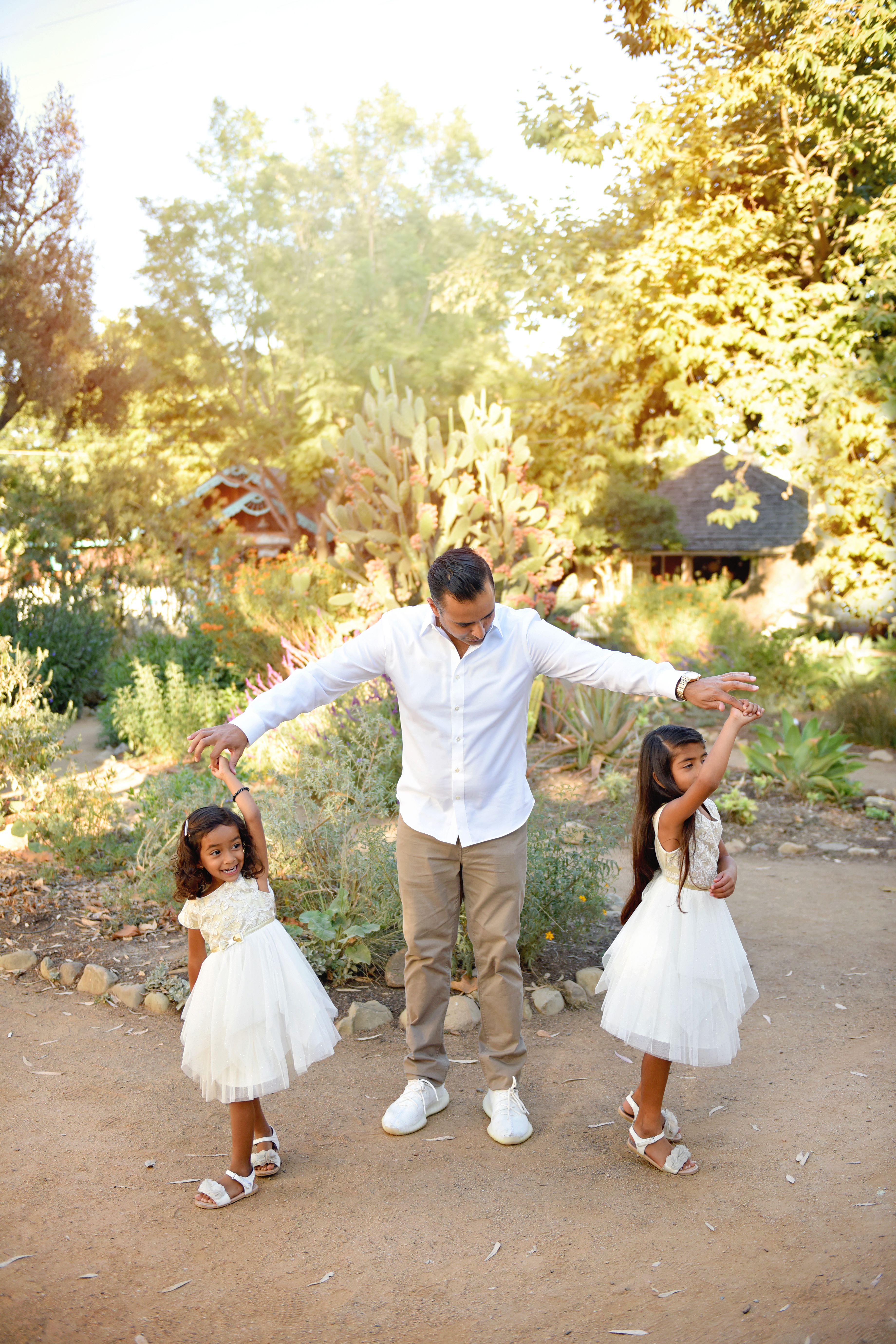 Daddy poses , Orange county family photographer , Orange county child photographer