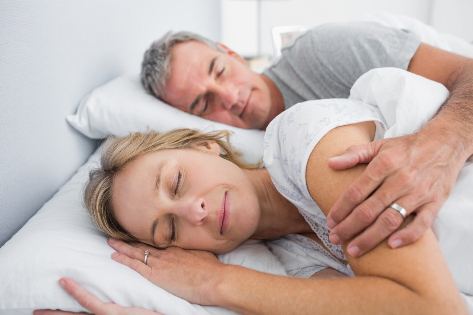 For Sleep Apnea Patients: 5 Tips to Achieve A Good Night's Sleep