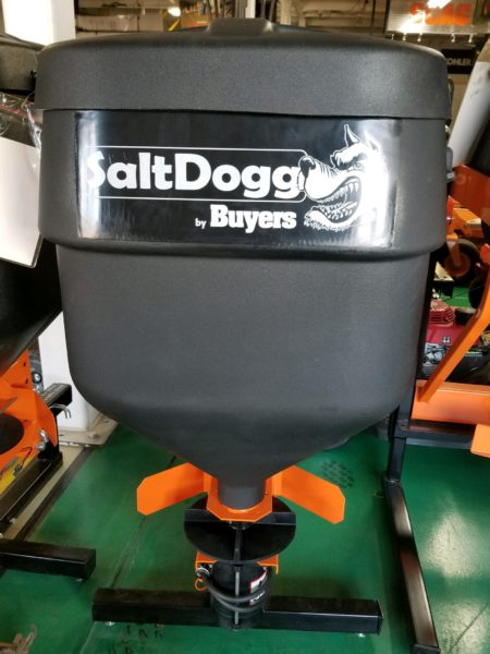 05 – Commercial Tailgate Spreader TGS01B