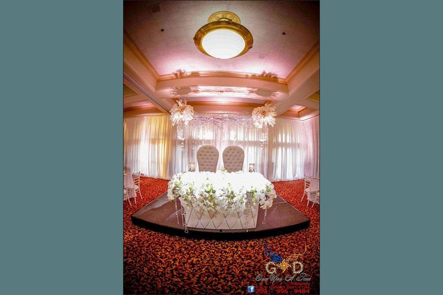 bride-groom-table900x600