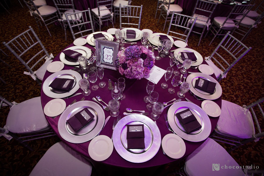 purple-table-settings-900x600