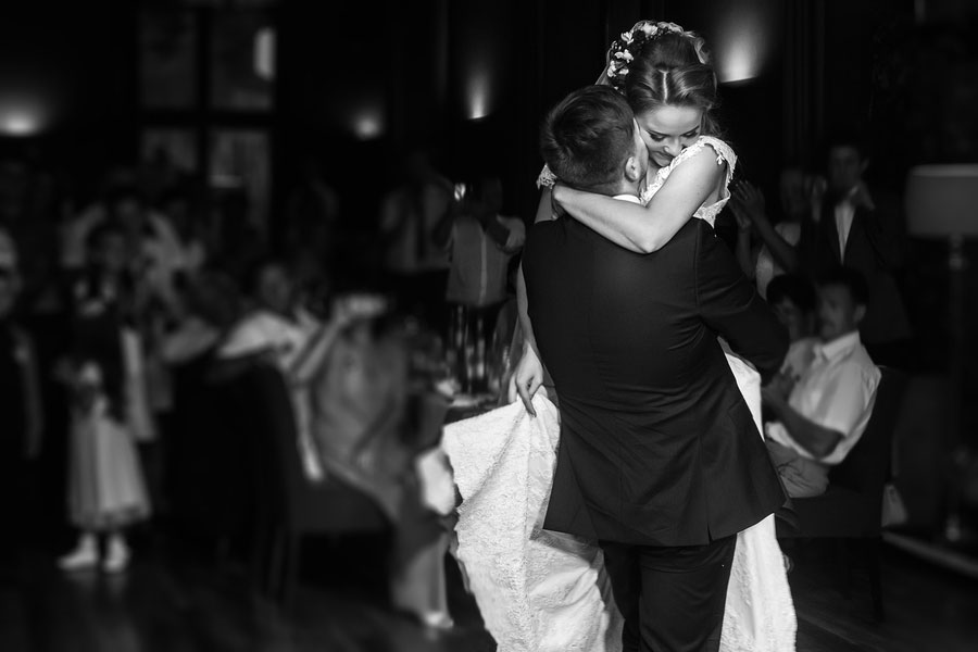 Make Your Wedding Reception the Best Party Ever!