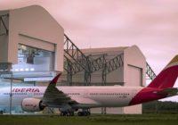 Iberia bautiza su primer A350 Plácido Domingo