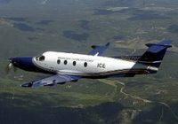 Avión desaparece en zona montañosa de Indonesia