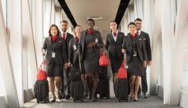 Piden que empleados de la industria aérea sean considerados prioritarios para las vacunas