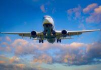 Las aerolíneas fueron puntuales en 2020, pero los vuelos de pasajeros operaron a medias en comparación con 2019, revela Cirium