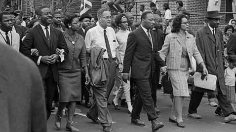 gty_selma_montgomery_civil_rights_walk_mlk_thg_120130_wblog