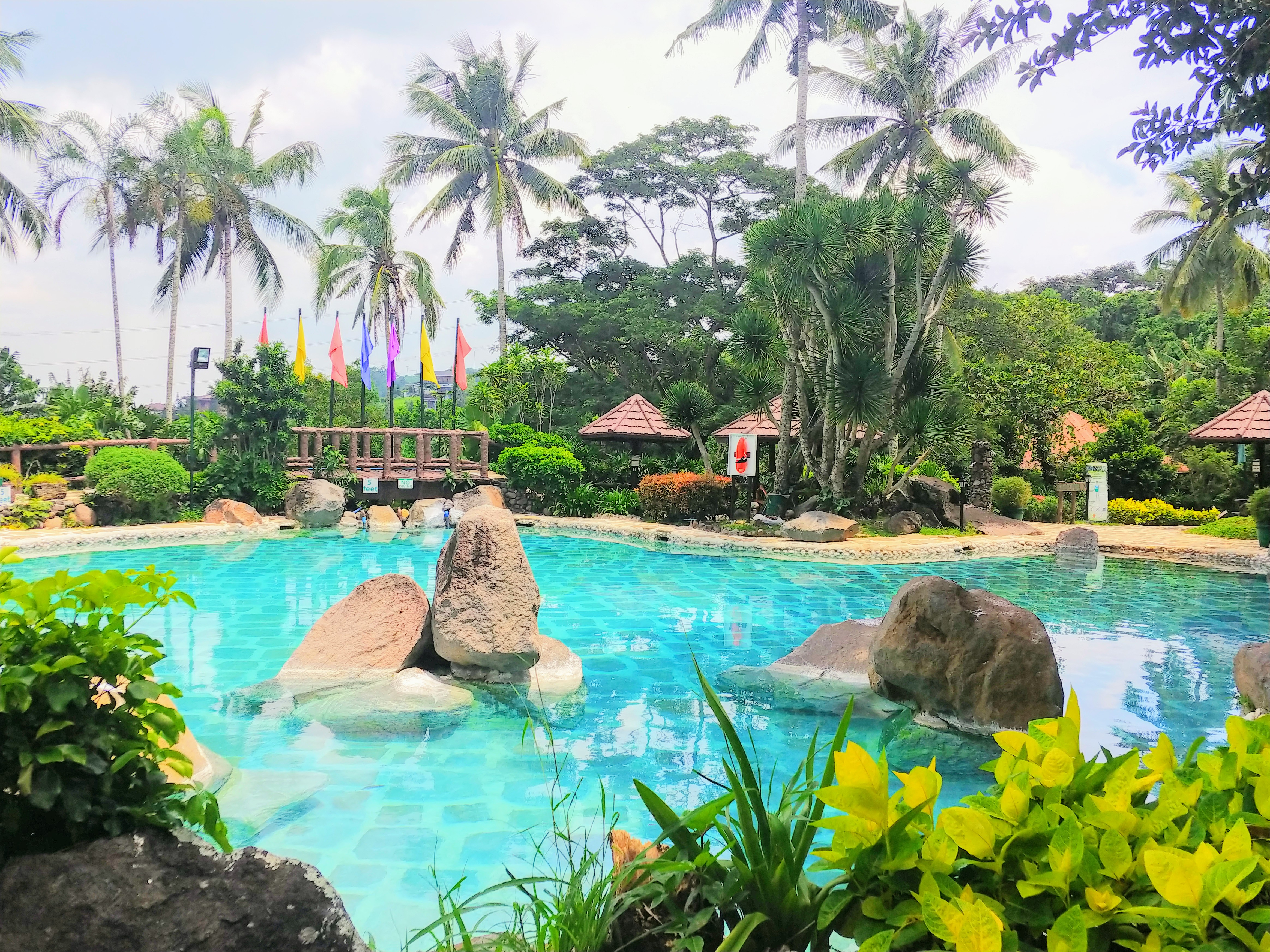 Cabins Pool Tagaytay Highlands on House & Home Philippines