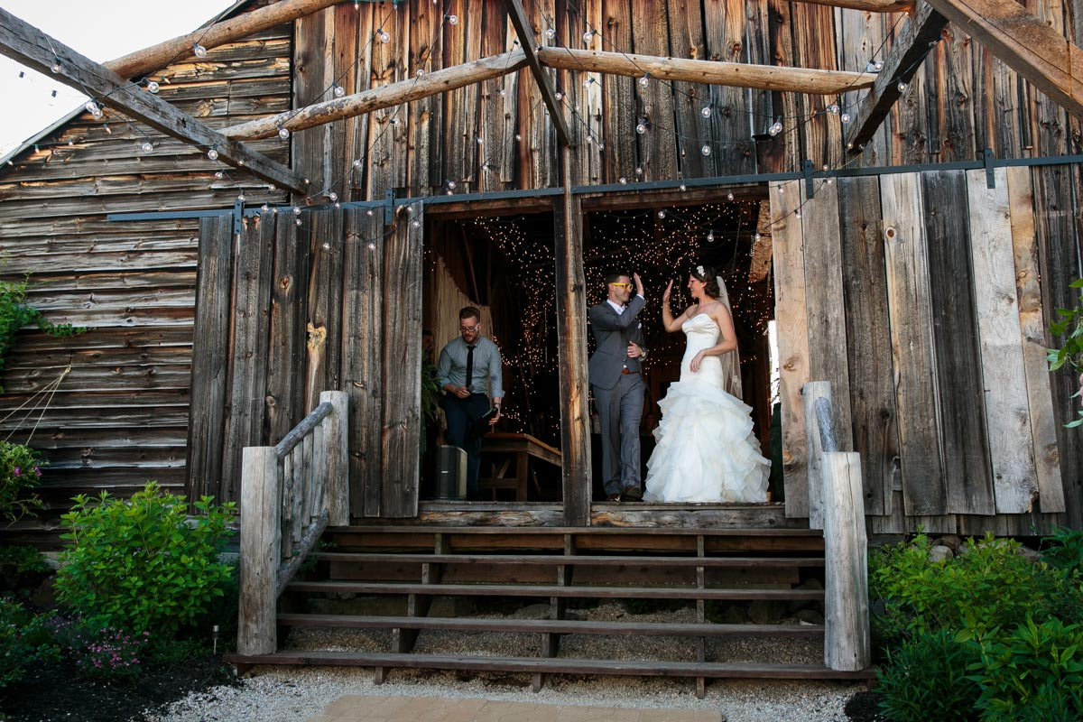 Burlap and Beams Weddings