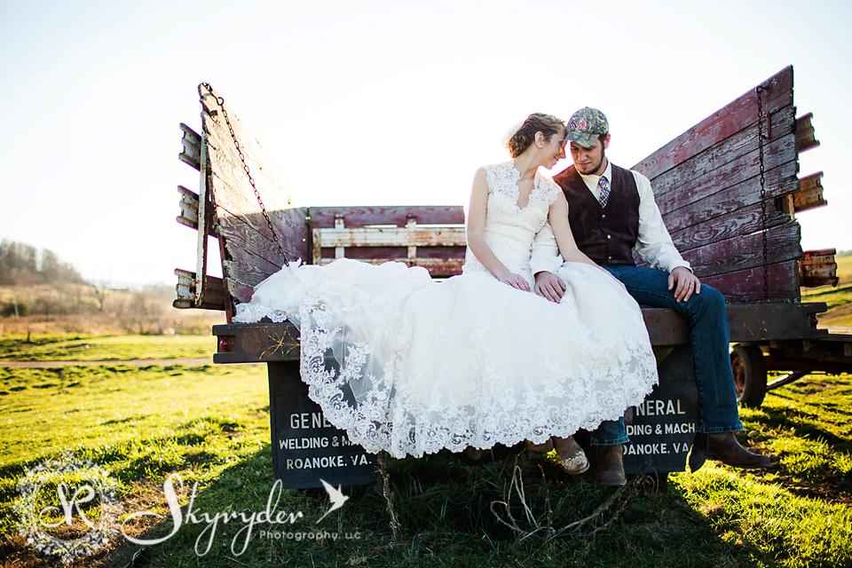 blacksburg roanoke giles craig county wedding photography bridal-07