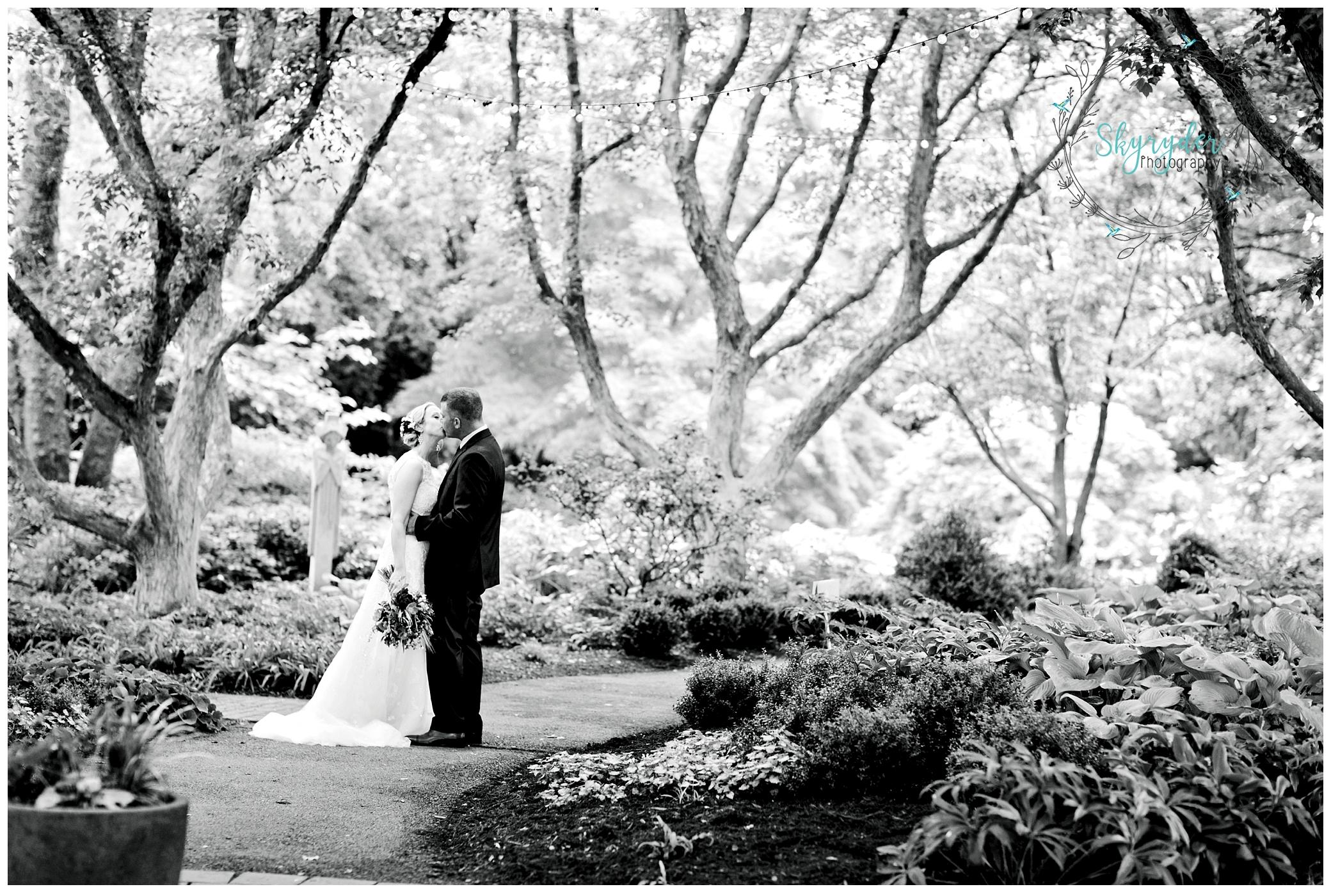 Tawny + Joey | Blacksburg Wedding Photography | Beliveau Estate Winery