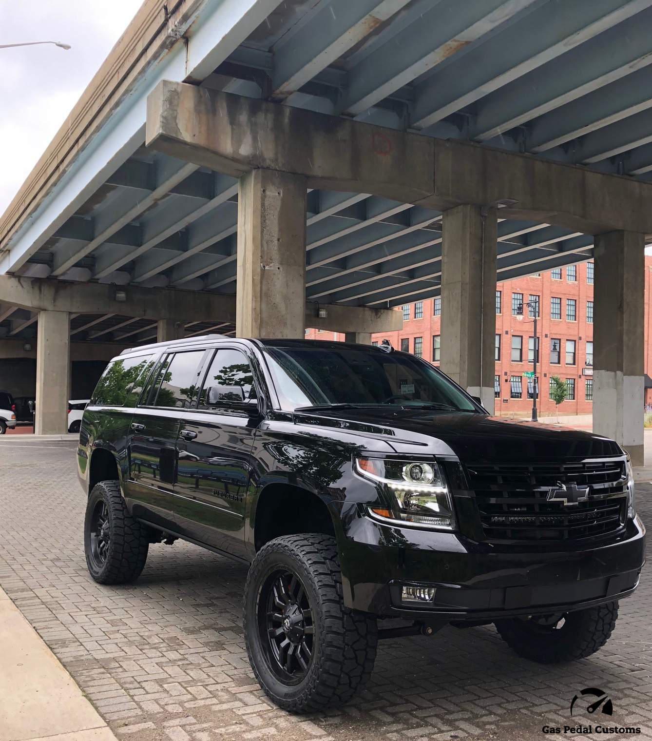Custom SUVs - 2018 Suburban 3500 HD