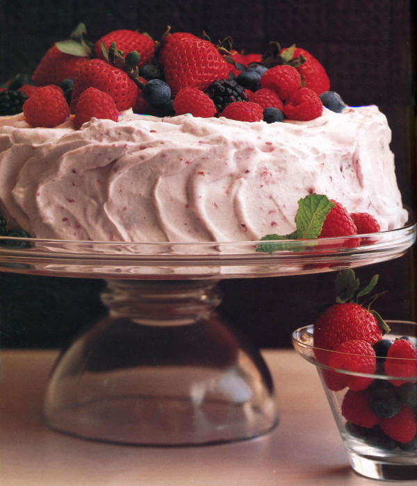 wc-Old-Fashioned-Berry-Icebox-Cake
