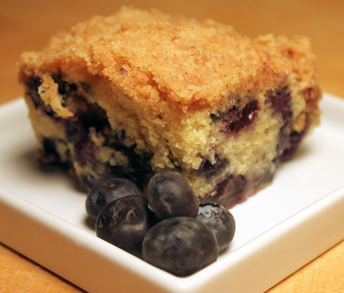 TBT Recipe: Blueberry Crumb Cake