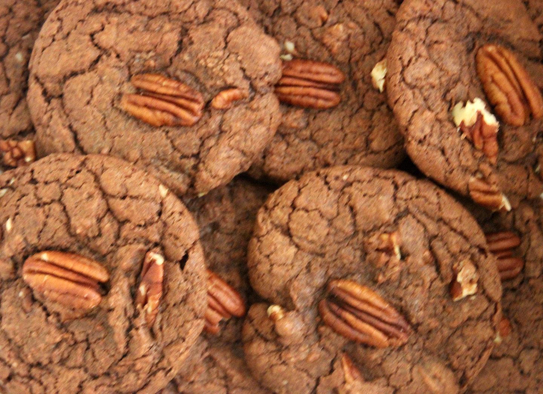 TBT and Super Bowl Recipe: Fudgy Walnut Brownie Cookies