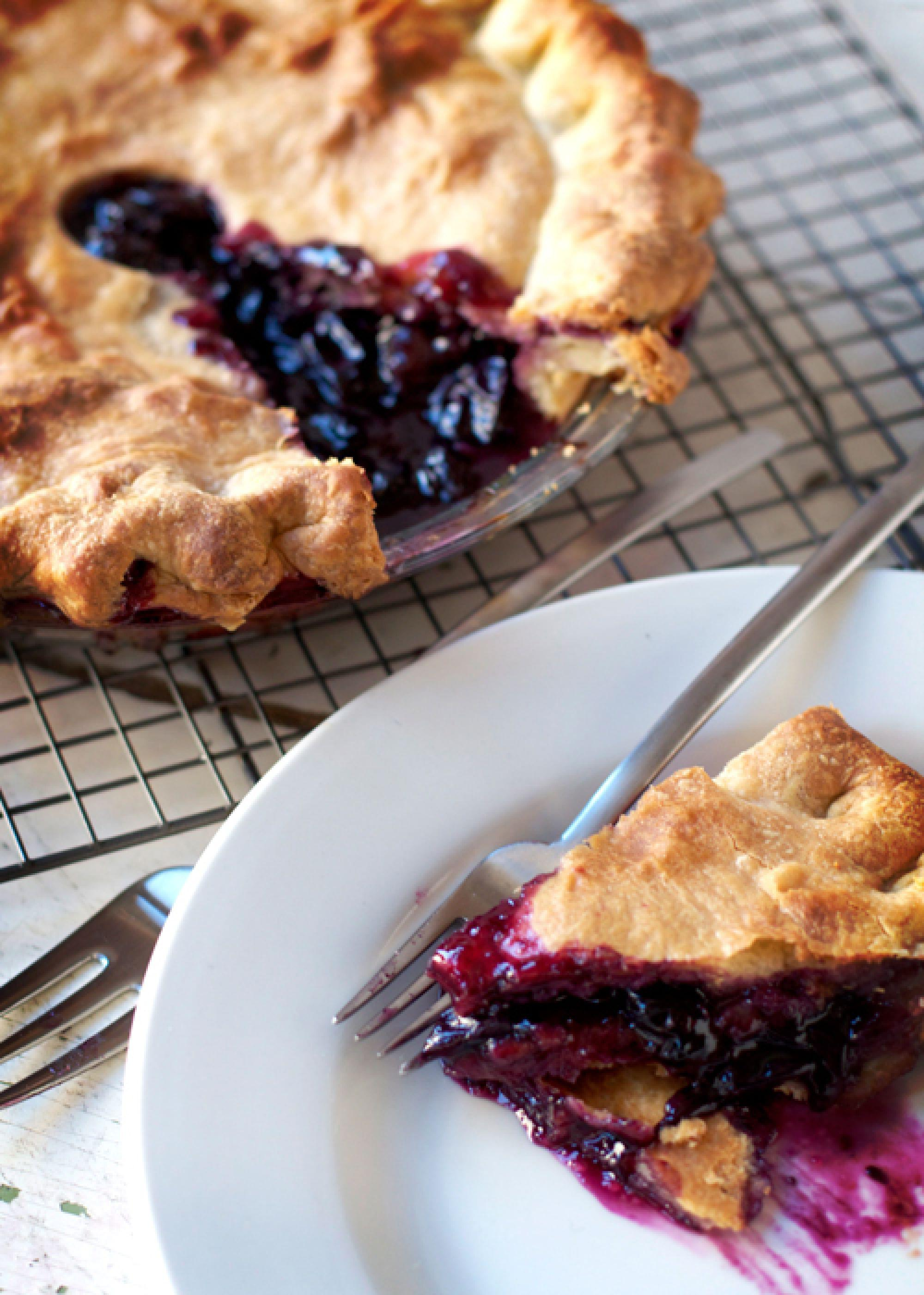 TBT Recipe: Concord Grape Pie