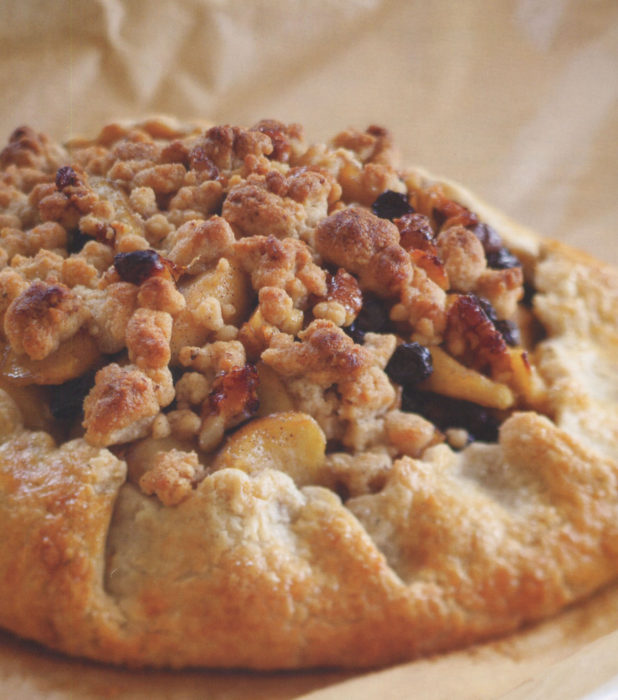 wc-Apple-Crostata-with-Whole-Wheat-Rosemary-Crust