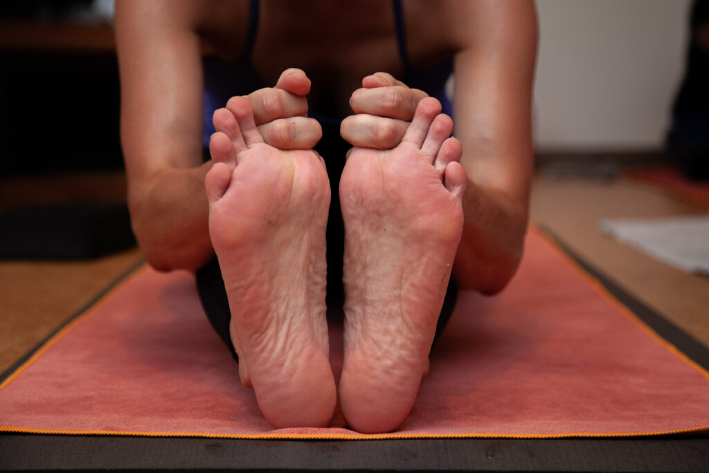 © Sol Hot Yoga Studio_Feet