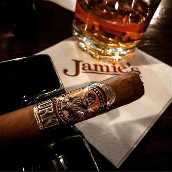 Jamie's Cigar Bar