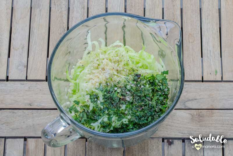 ingredientes para el Tzatziki de pepino