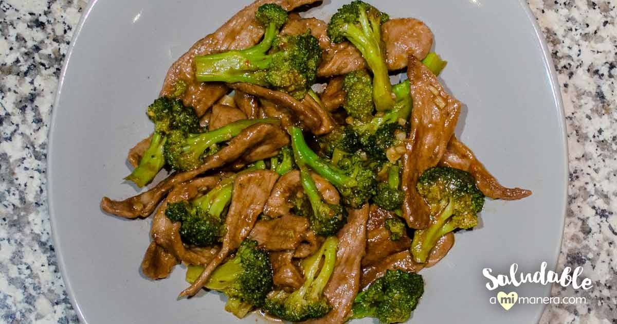 Carne De Res Con Brócoli Y Chile Piquín