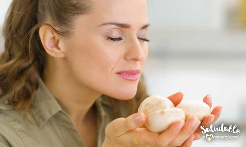 Come con los 5 sentidos olfato