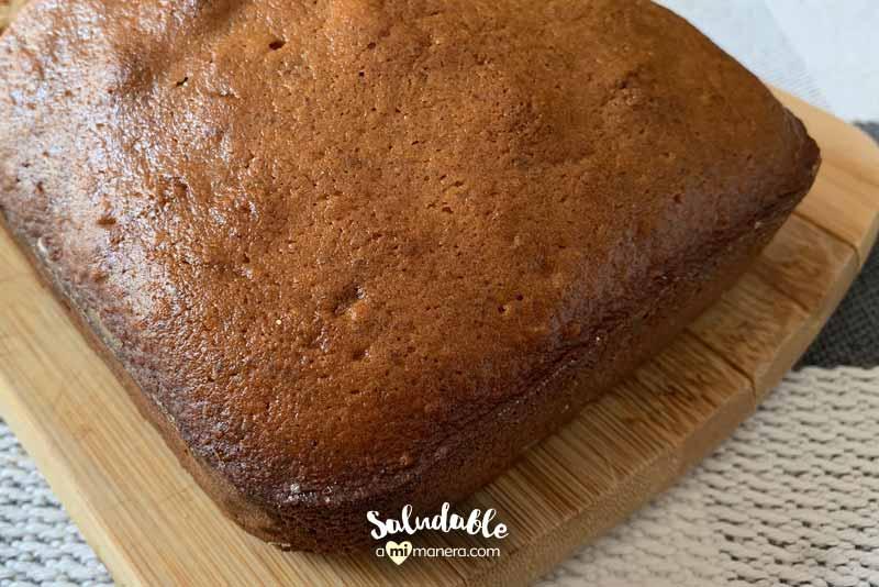 Pan de especias con harina de avena y miel